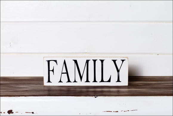 ~Family~ Shelf Sitter