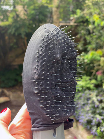 Upcycle Tights in 26 Ways for Princes Trust Challenge: Easy Way to Remove Hair from Hairbrush