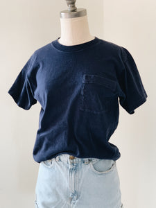 NAVY <BR> POCKETED TEE