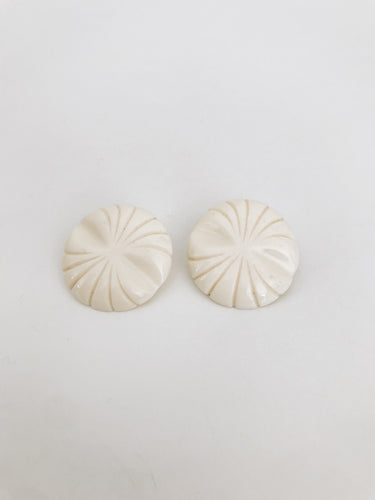arlee park vintage ivory circle clip-on earrings