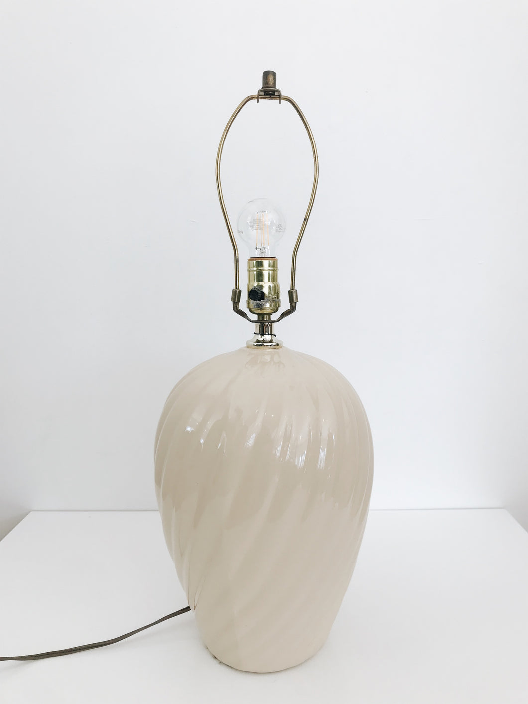 TAN CERAMIC <BR> LAMP BASE