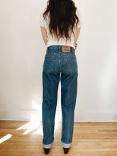 arlee park vintage medium wash levis denim jeans