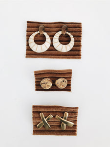 VINTAGE <BR> EARRINGS