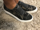 "Blowfish ""Marley"" Dark Grey Camo Sneakers"