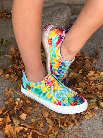 "Girls Blowfish ""Play"" Tie Dye Sneakers"