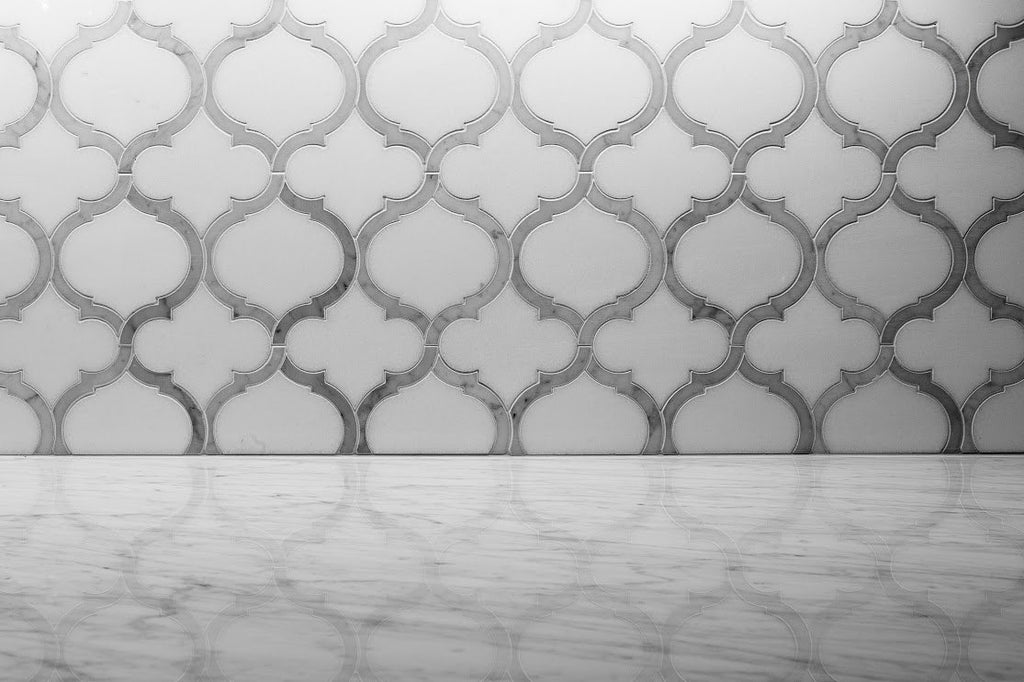 Marrakech_Arabesque_Thassos_White_Carrara_Marble_Waterjet_Mosaic_Tile_Buys_Backsplash_01