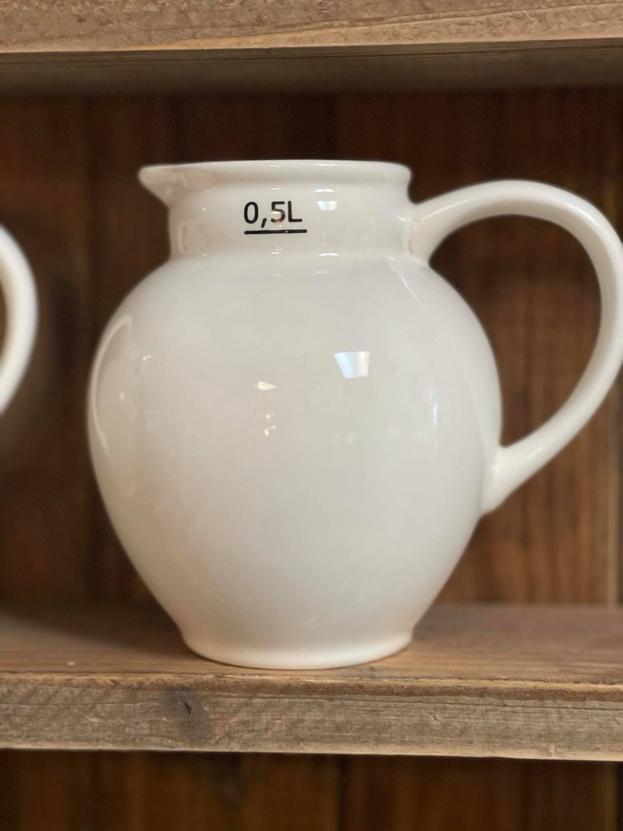 White Ceramic .5L Creamer