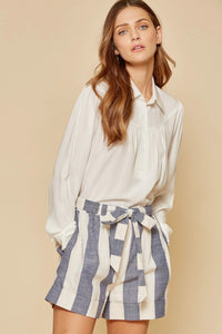 Andree by Unit Striped Elastic Shorts