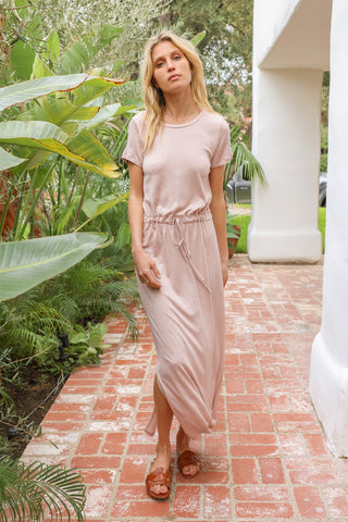 Hem & Thread Blush Short Sleeve Jersey Midi Dress