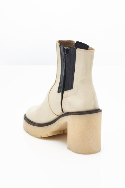 Free People James Chelsea Boots!!! Two Color Options