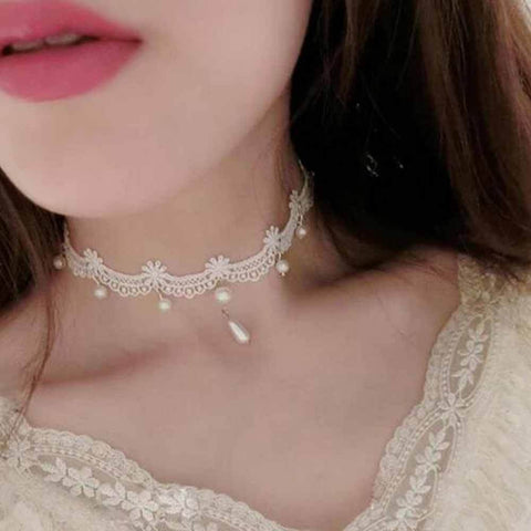 Handmade Gothic white vintage lace women's choker necklace