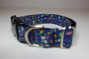 "Buckle Collar in ""Wonder (Blue)"""