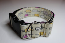 "Buckle Collar in ""Lollies"""