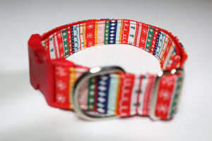 "Buckle Collar in ""Christmas Stripes"""