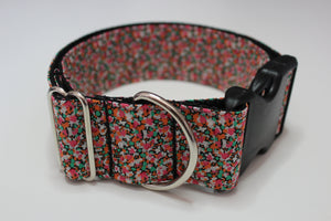 "Buckle Collar in ""Pepper"""
