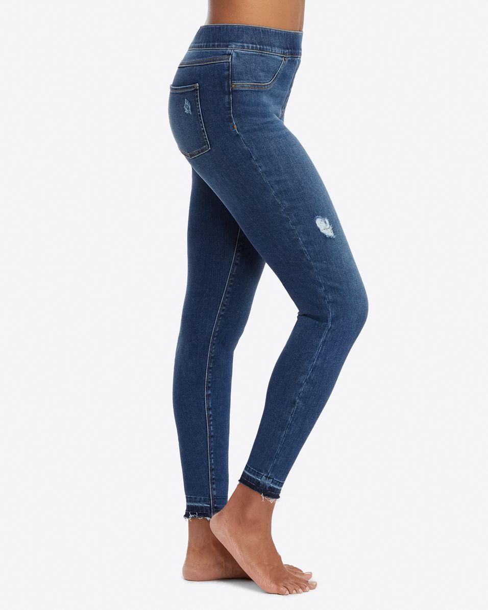 Distressed Skinny Jeans | Medium Wash