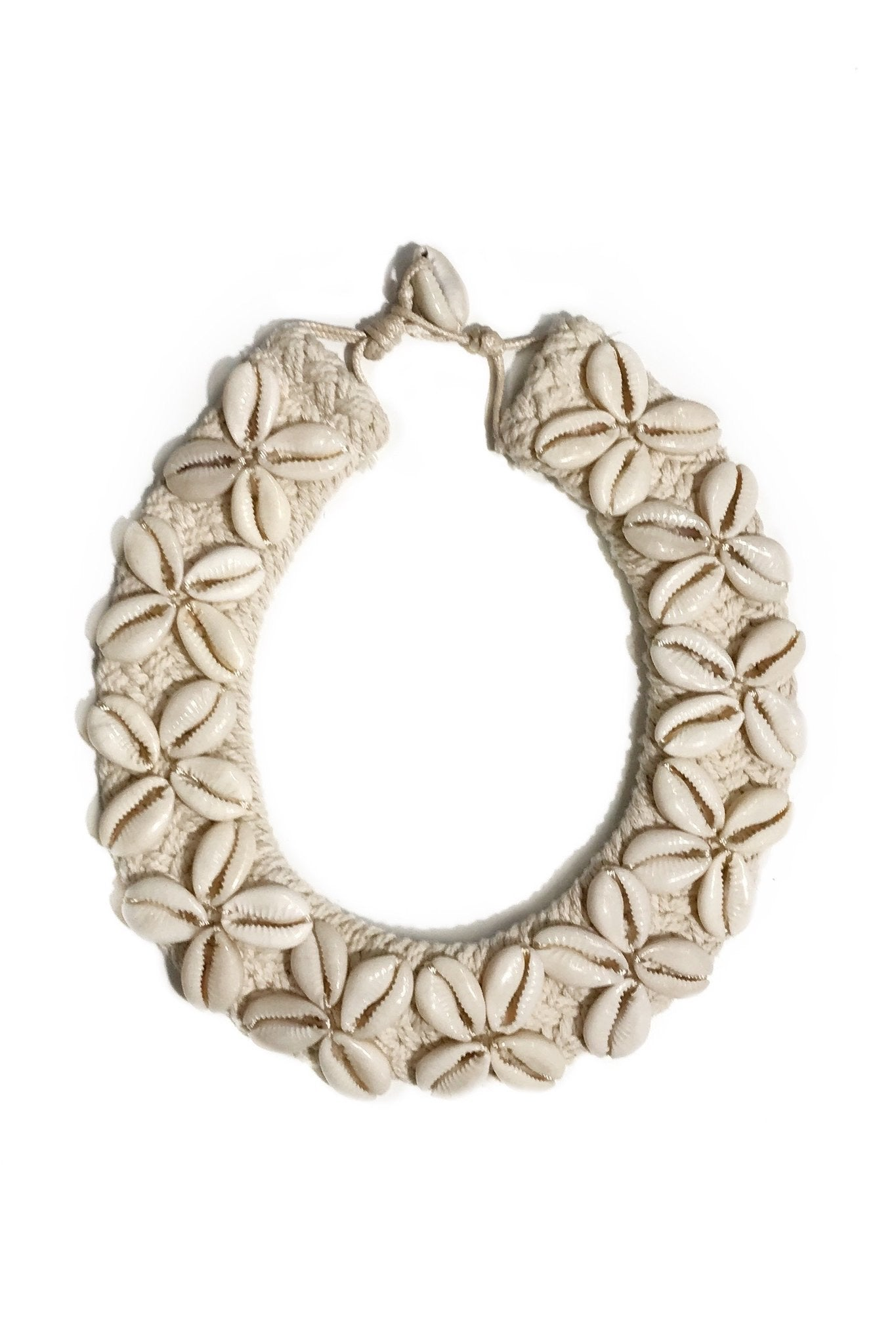 T&T Cowrie Choker Necklace | Ivory