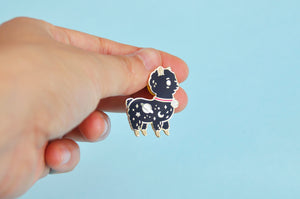 alpaca enamel pin by Noristudio