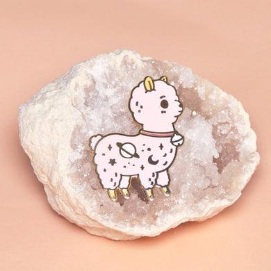 alpaca pin by Noristudio