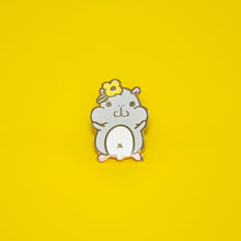 hamster pin by Noristudio