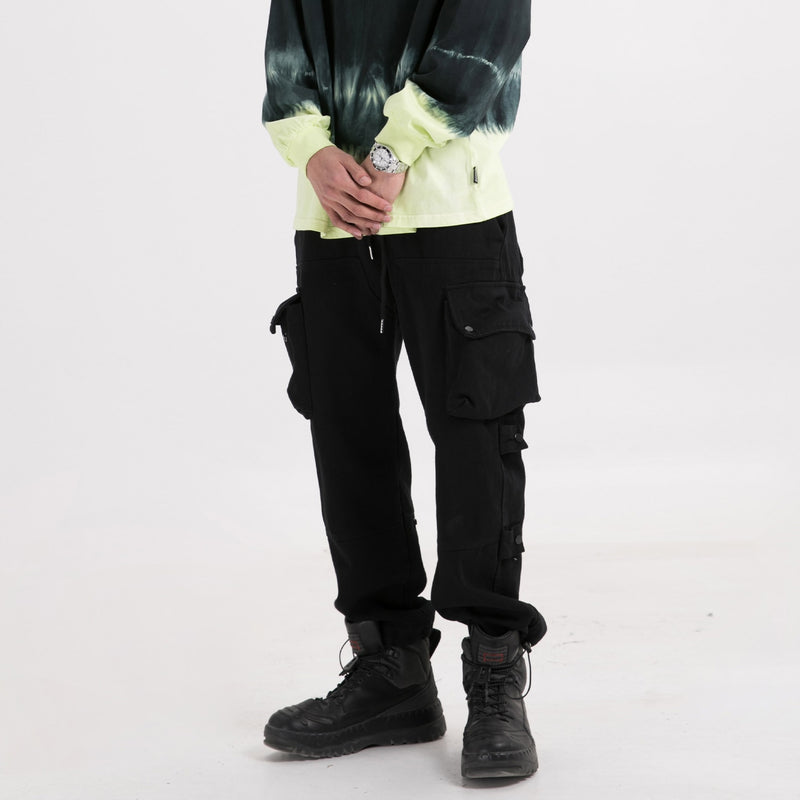 Oversize Cargo Joggers in Black - Clout Collection High Fashion Streetwear Men's and Women's