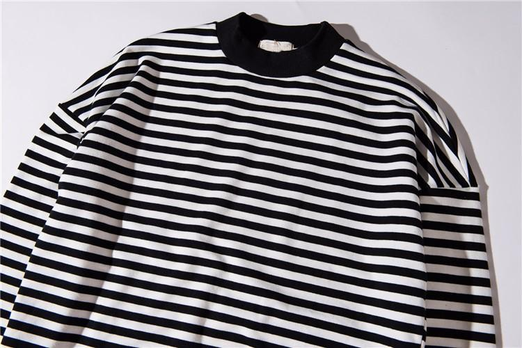 Simple Striped Crew Neck Longsleeve T-Shirt - Clout Collection High Fashion Streetwear Men's and Women's