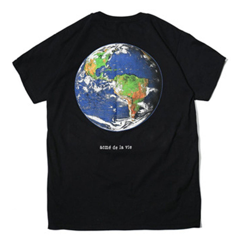 Life, United Graphic T-Shirt - Clout Collection High Fashion Streetwear Men's and Women's