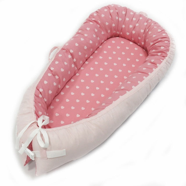 Multifunctional Portable Baby-Nest - Pink Heart