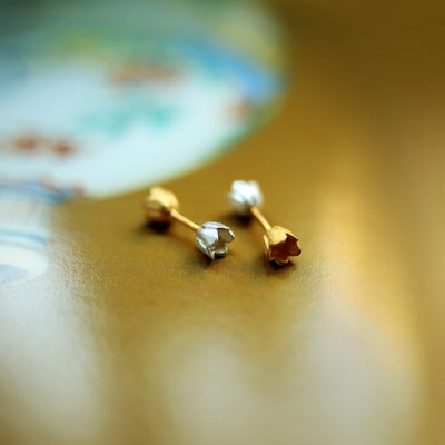 ALCHEMIA.MOSCOW - Two-sided Spring Flowers Stud Earrings Silver And Gold Plated