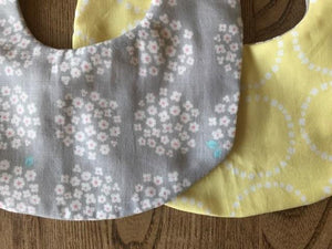 Bib Daisies on Grey / Yellow Circles - Happy Poppets