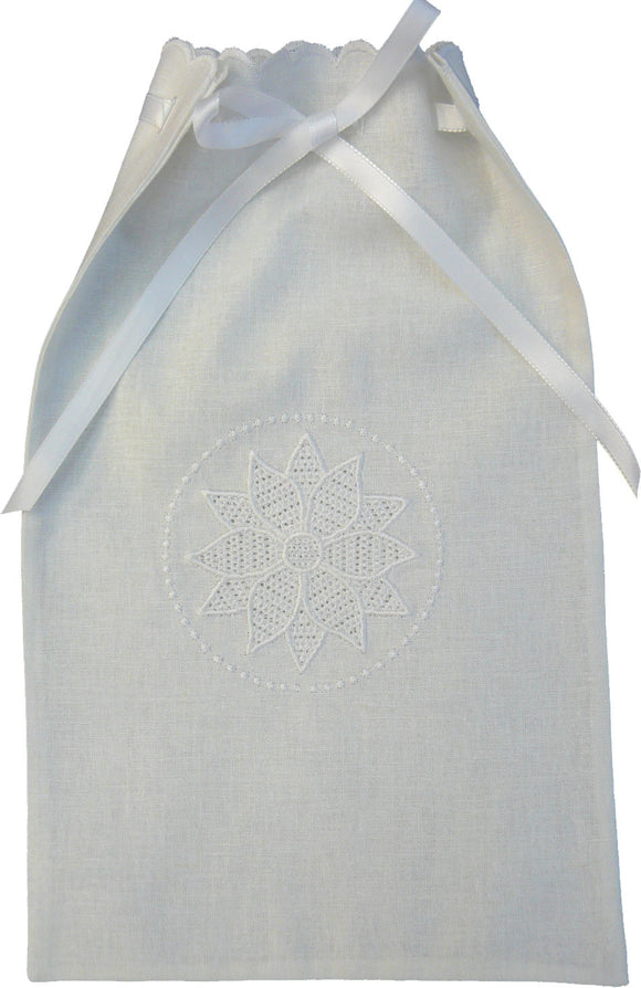 FP001 Wing Needle Poinsettia Bag - Optional Cutwork Needle Button Holes