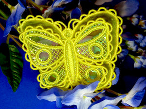 E427 3D Butterflies with Mylar and/or Organza