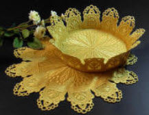 E481 Bowl & Doily Bundle
