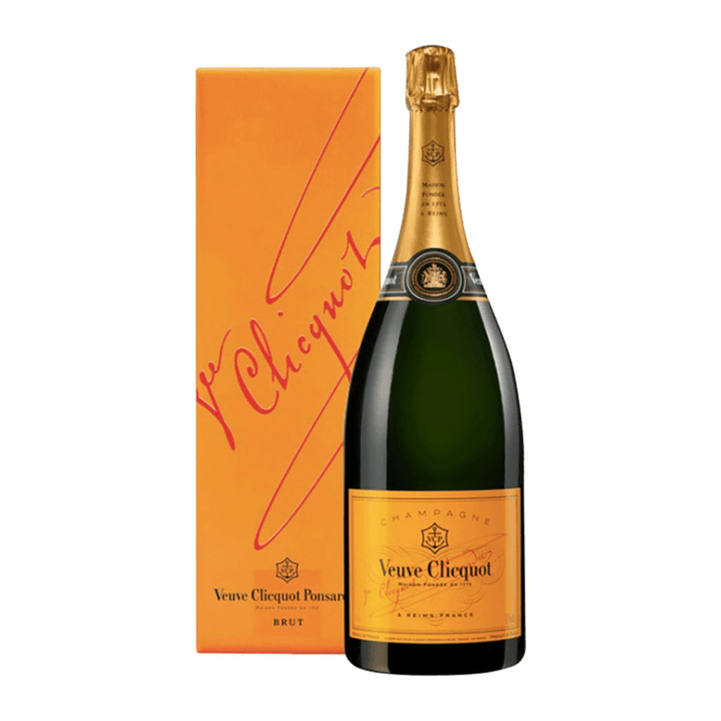 Veuve Clicquot, Brut Champagne, Yellow Label (Gift Box), NV