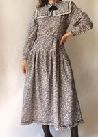 Vintage Winter Bow Dress