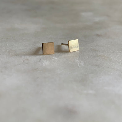 Gold-filled square stud earrings