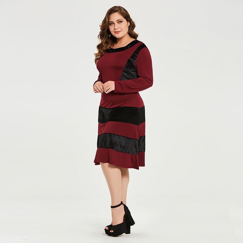 (SOLD OUT) Striped Chanel Dress - UShopO Online Store