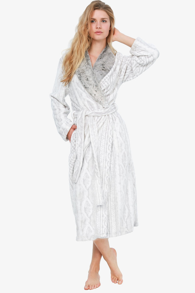 THE ANIMAL PRINT ROBE (IVORY)