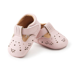 WEIXINBUY Girls Baby Shoes Sweet Casual Princess Kids Pu Leather Solid Crib Bebe Infant Toddler Cute Hollow out Baby Shoes