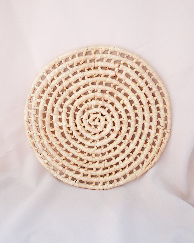 Hazel Round Woven Placemat | Olive & Iris