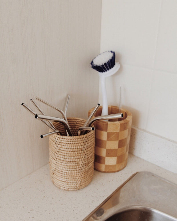 Thyme Rattan Utensil Holder & Round Rattan Plate Holiday Set - Save $5-$8