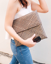 Charcoal seagrass woven straw Clutch - Olive & Iris