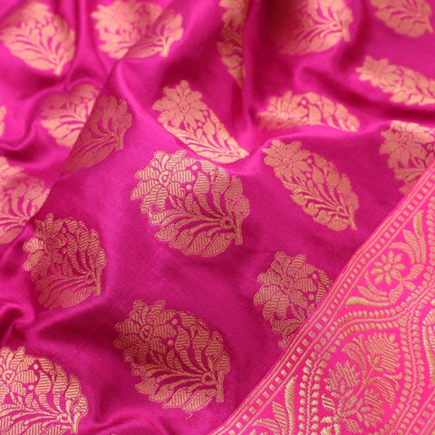 Handwoven Cream Banarasi Silk Tissue Sari - WIIRJ992009 - Fabric View