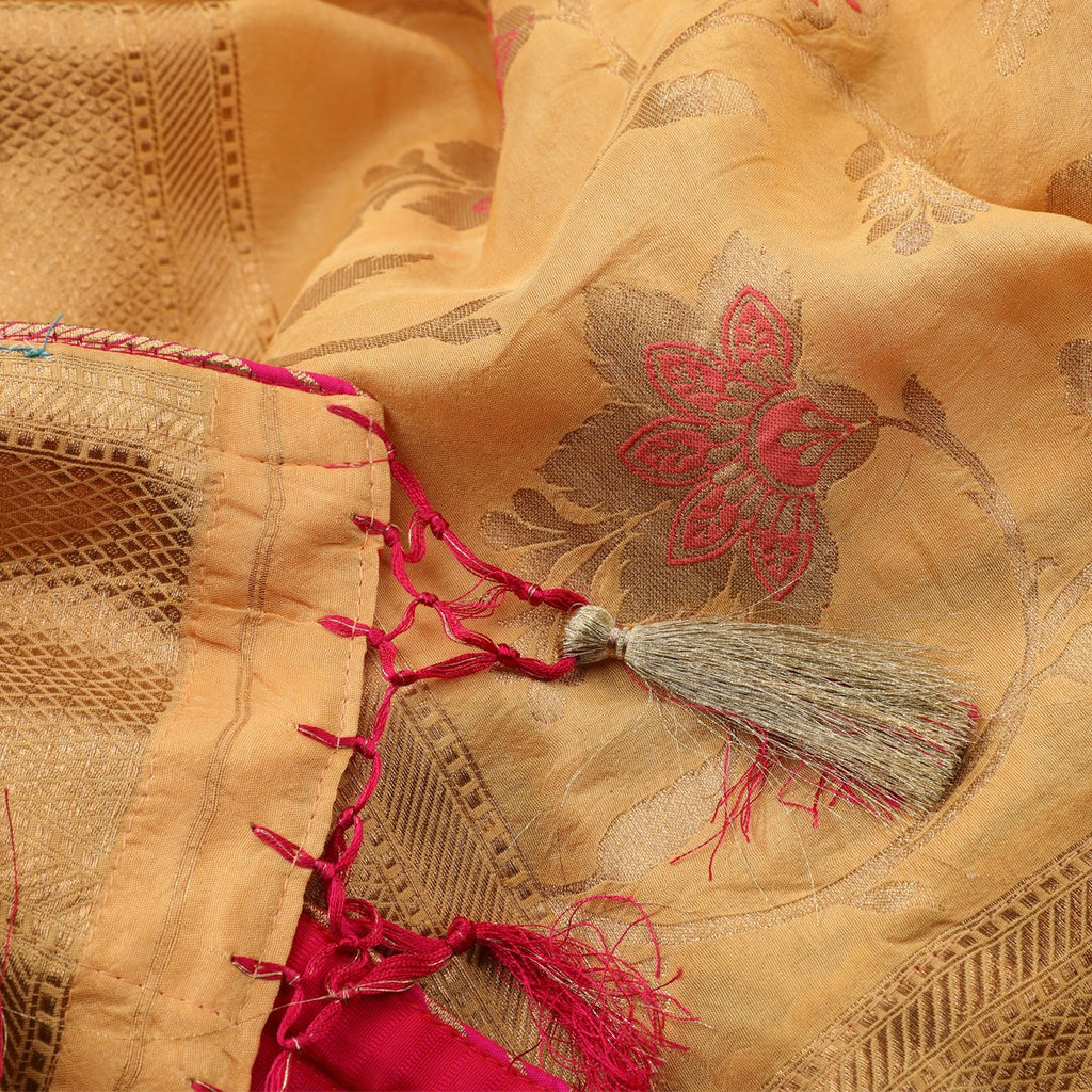 Handwoven Chalk Yellow Banarasi Kimkhab Silk Sari - WIISHNIKARIDNAM019 - Fabric View