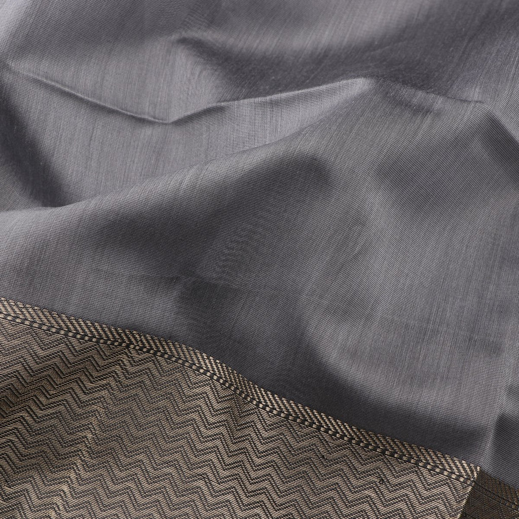 Handwoven Ash Grey Maheshwari Cotton Silk Sari- WIIGS036-Fabric View