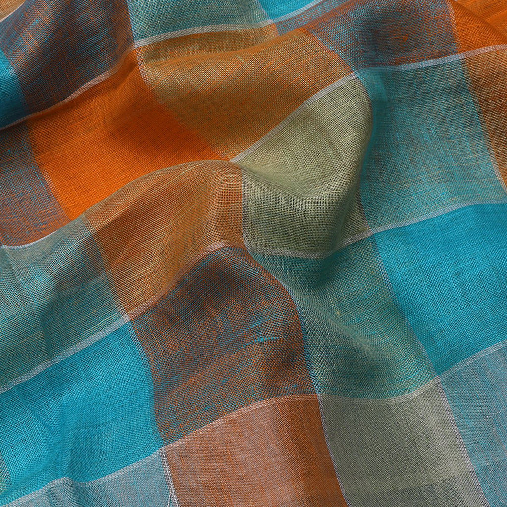 Handwoven Checkered Linen Sari - WIISK0051(3) - Fabric View