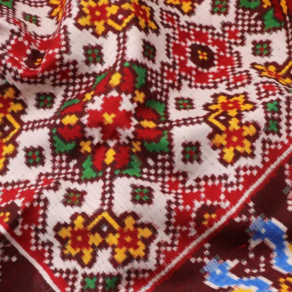 Handwoven Madder Red and White Navaratna Patan Patola Sari - WIITNKP007 - Fabric View