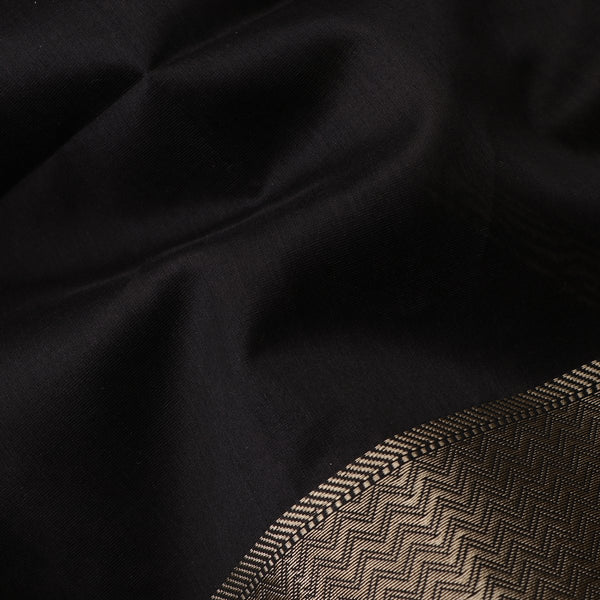 Handwoven Midnight Black Kanjivaram Silk Sari-WIIGS035 - Fabric View
