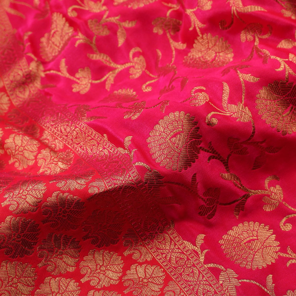 Handwoven Cherry Red Banarasi Silk Sari  - WIISHNIKARIDNAM0087 - Fabric View