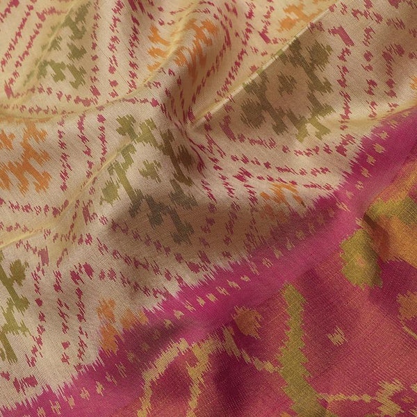 Handwoven Ecru Single Ikat Patola Silk Sari - WIIPATANARIDNAM1101118 - Fabric View